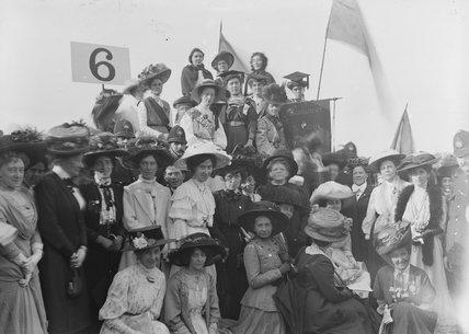 Women's Sunday Platform 6